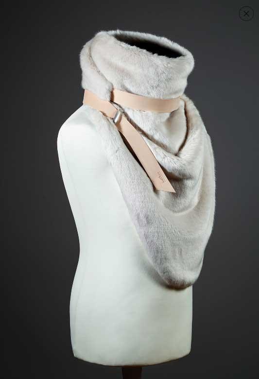 cuellos de punto originales imitación piel imagen lateral