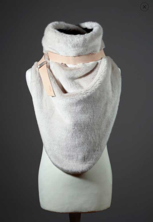 cuellos de punto originales como este de imitación piel