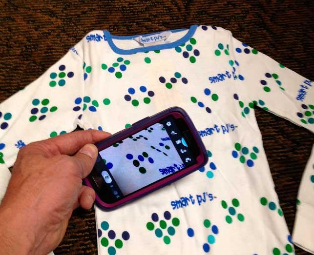 escanear cualquier parte con pijamas con códigos QR