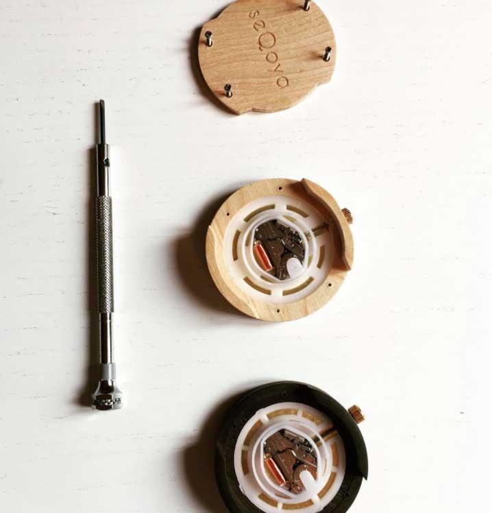 maquinaria reloj de madera seqoya