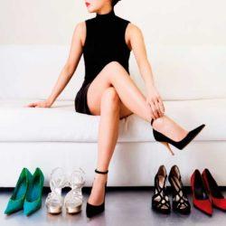 Sandalias de tacón alto aptas para mamás…