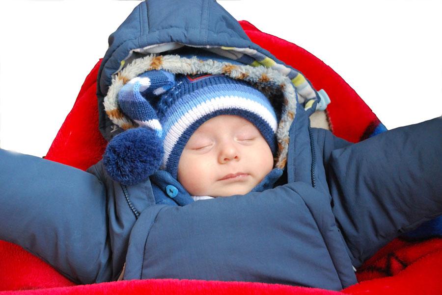 bebe como vestir a un recien nacido en invierno