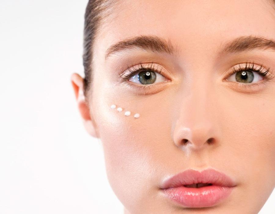 controno de ojos cuida tu piel